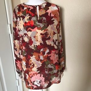 The Limited floral cold shoulder blouse size M